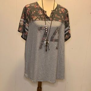 "Maurice's plus size 2 tee shirt floral ""74"""